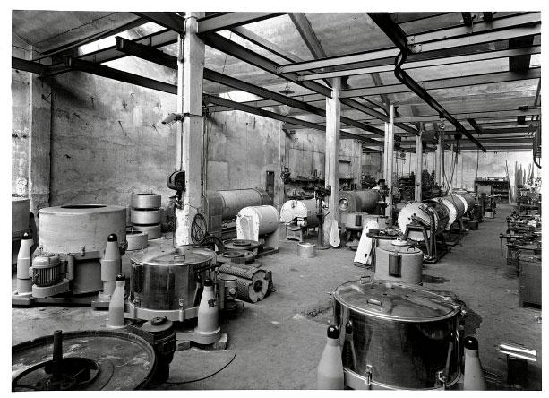 Nexia De Franceschi, machine industriali per lavanderie e tintorie dal 1871